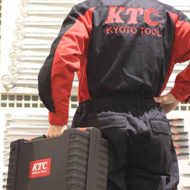 KTCオリジナルつなぎ服