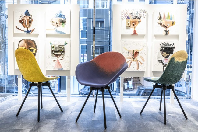サステナブル素材の店内の椅子