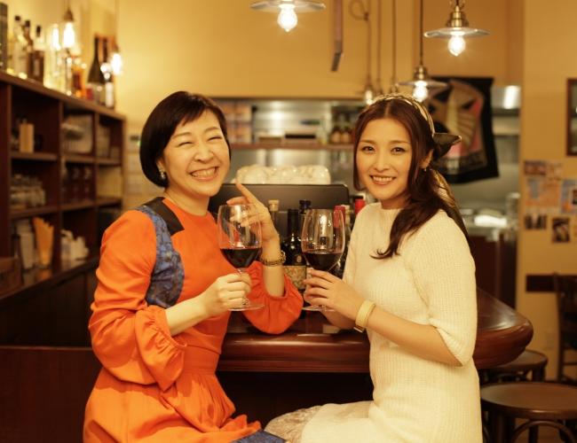 『スヌ子のぶらり酔いどれ飯』(C)東北新社