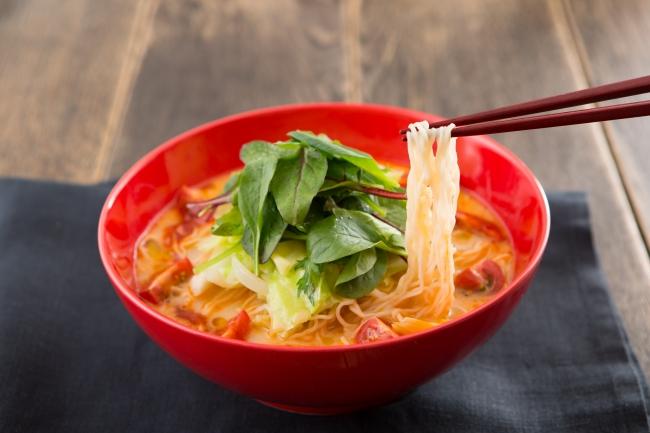 一風堂のヘルシー中華麺を使用