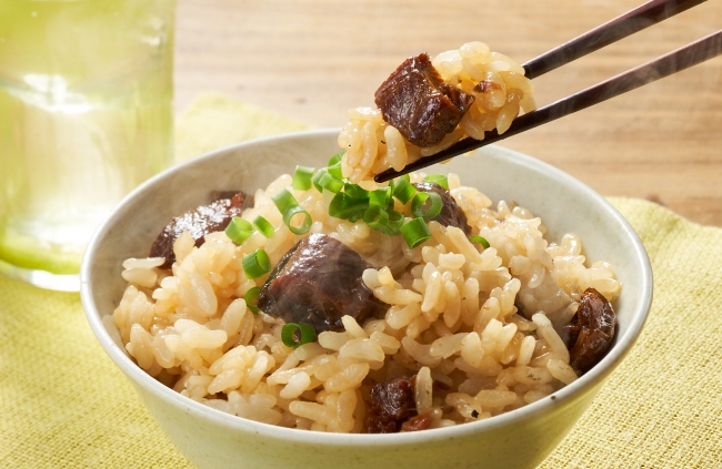 ▲蒲焼混ぜご飯の素(国産鰻入り)