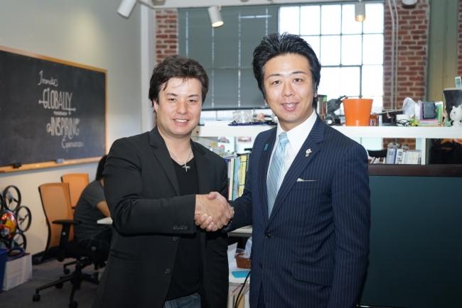 左よりbtrax, Inc. CEO Brandon K.Hill、福岡市長 高島宗一郎氏