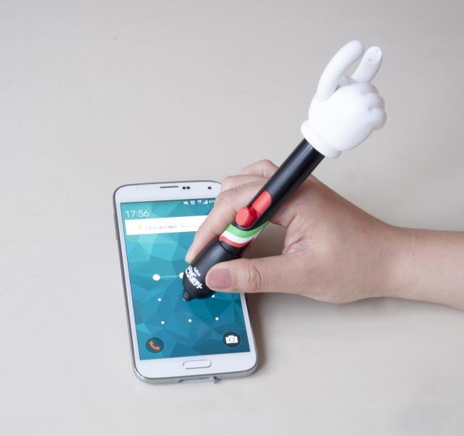 タッチペン部分でそのままスマートフォンを操作