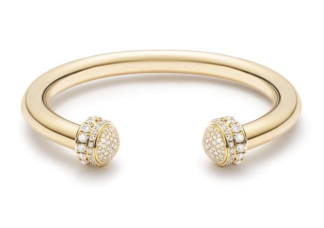 「ポセション」2,060,000円(税抜) 素材:18Kイエローゴールド、ダイヤモンド