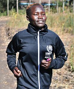 難民選手団のメンバーとしてリオ五輪に出場し、現在も東京五輪目指して訓練中のローズ・ナティケ・ロコニエンさんが来日します。(C)UNHCR/Tony Karumba