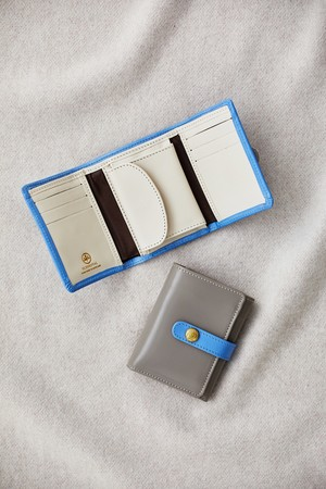 TRIFOLD SMALL WALLET WITH TAB ¥37,000