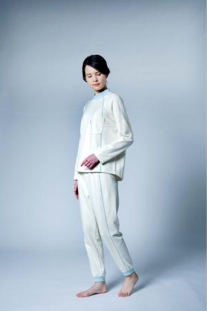 『睡眠姿勢を考えたパジャマ』YDV202(カラー:IV)