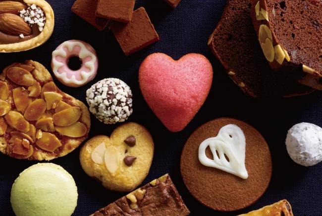 """無印良品のバレンタインは、あらかじめ必要な材料が入った、本格的な味を簡単に作れる""""手づくりキット""""や、ベースとなるお菓子とアレンジ用アイテムで、より  ..."""