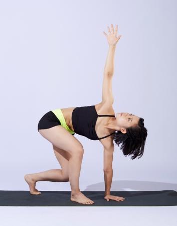 リマ―(テナガザル):低い重心移動で下半身・コアを鍛えます