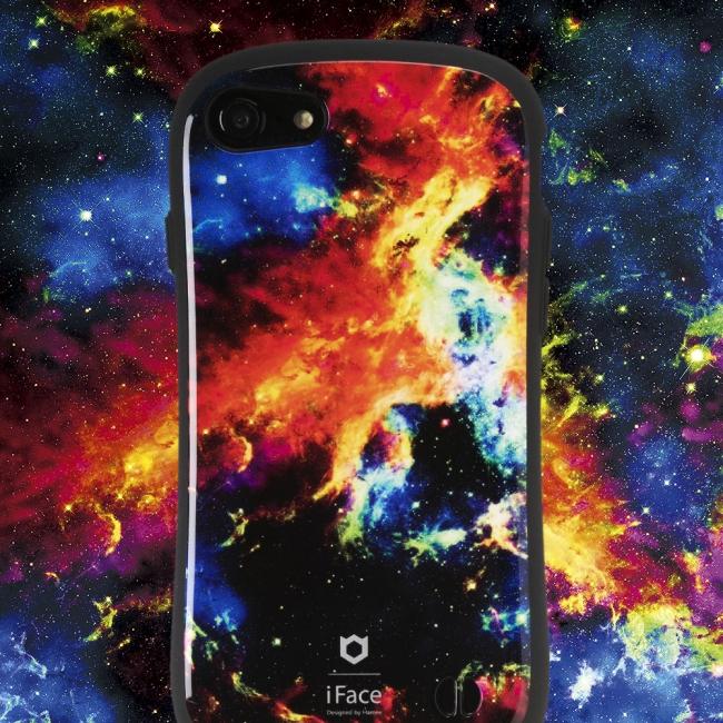9f18cbff5e 銀河の星々との、未知の出会い。ロマンあふれる宇宙柄の「iFace First ...