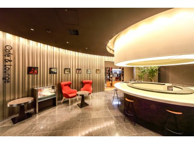 「神戸元町 東急REIホテル」のロビー&ラウンジをプロデュース。アナログレコードも聴ける音楽スポットにリニューアル。
