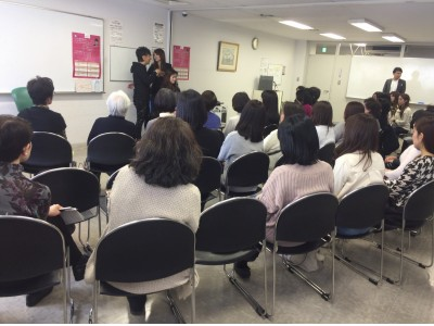 NHKエデュケーショナル主催のイベント『まる得マガジン』特別講座 野沢道生のヘアアレンジ・レッスンに協賛