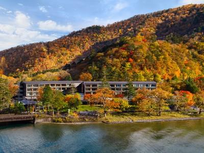 【ザ・リッツ・カールトン日光】紅葉のベストシーズンに、最上級の客室で、最高の景色を満喫