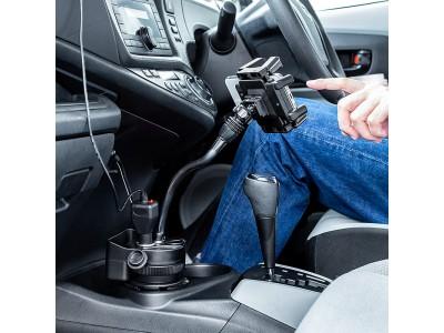 「くねくねアーム」と充実した充電ポートが特徴のスマートフォン用車載ホルダーを7月30日発売