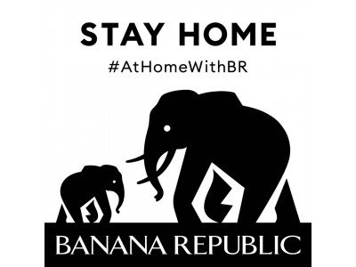 お気に入りのバナナ・リパブリックを着て部屋の中でも笑顔で快適に過ごそう!