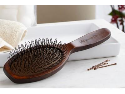 大人気のブラシシリーズから、すこやかな髪の土台をつくる頭皮ケア用ブラシが新登場!