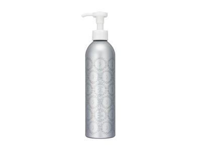 シンプルクリーンスキンケアの「スチームクリーム」から、たっぷり使える300gのボトルタイプ新デザインが登場!