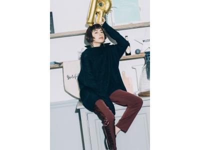 H&Mより新発売のホリデーコレクションアイテムの一部を公開、モデル ラブリが着るH&MのX'masコーデ
