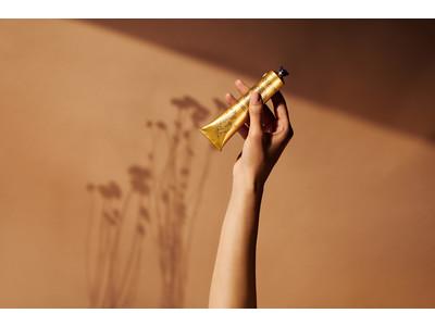 ハンドケアで人気のロクシタンから、植物の力で手肌をエイジングケア*する「シア イモーテル セラムハンドクリーム」