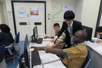 平成27年度産油国技術者研修等事業「第七期物理探鉱コース」実施