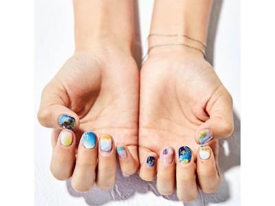 海好きな人たちが集まるフェリシモの部活動「海とかもめ部(TM)」より海を身近に感じることができるネイルシールの第二弾「海の風景写真で爪を彩る ぷっくりジェル風ネイルシール」が登場
