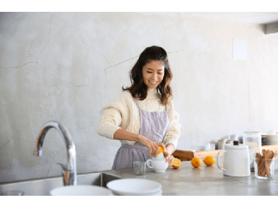 アパートバイローリーズが料理家 谷尻直子氏とのコラボアイテムを10月3日より発売開始
