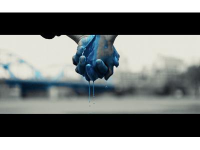 ヒトリエ本日発売のニューアルバム「HOWLS」より「青」ミュージックビデオ公開!