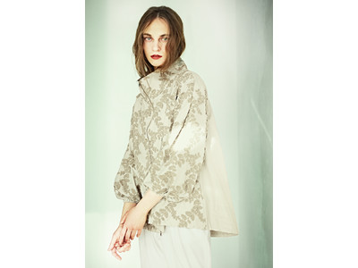 自然を愛する心をファッションに!アルチザンのリーフ柄刺繍ブルゾン