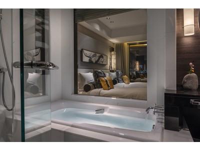 週の半分を5つ星ホテルで過ごす、自由自在な2泊3日。ホテルへエスケープする48時間!