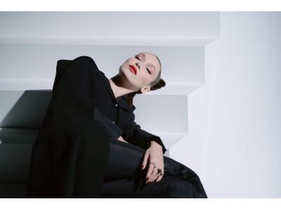 ベラ・ハディッドが魅せるディオールのハロウィン メイク。ダークでスリリングなルックとフィルムが公開