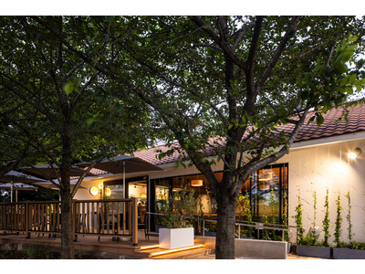 千葉大学亥鼻キャンパスに、千葉県の地産地消をテーマにした緑の中の一軒家レストラン「MOKU」が新規オープン!