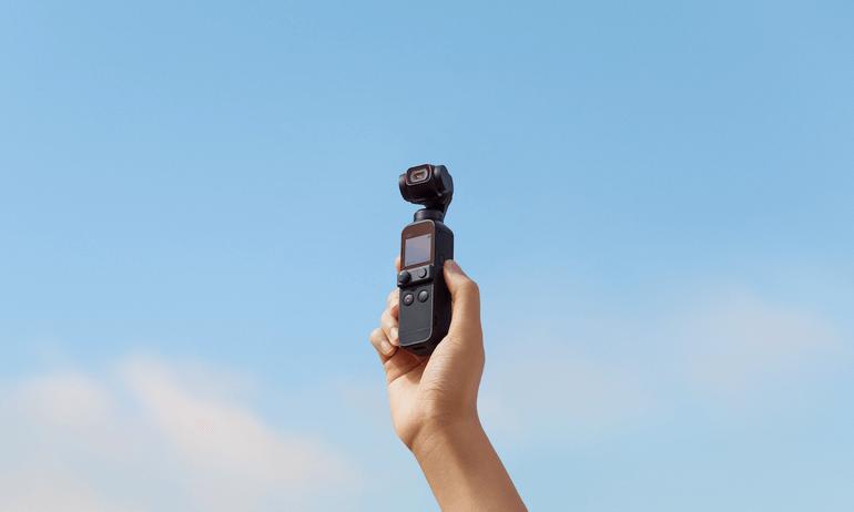 魔法のように滑らかな映像を。DJI、コンパクトなボディに手ブレ補正機能を搭載した4Kカメラ「DJI Pocket 2」を発表。