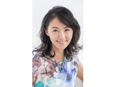 女優・田中律子さんがプロデュースするヨガイベントでここでしか体験できないヒューロムスロージュースを提供!『TIDA ☺ FACE』 ~太陽のような笑顔でBEACHで遊び尽くそう~
