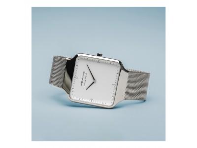 デンマーク人デザイナーMax ReneとBERINGのコラボレーションウォッチが発売。ミニマルなスクエアケースが特徴のアイテムです。