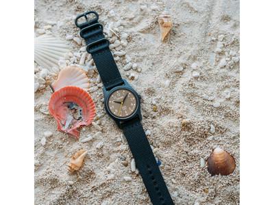 """9月22日の国際ビーチクリーンアップデーを記念して、北欧スウェーデンの腕時計ブランドTRIWAが海のプラスチックゴミからリサイクルした腕時計""""TIME FOR OCEANS""""の日本別注品を発売します。"""