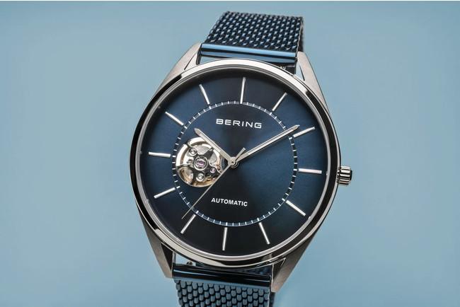 北欧デンマークの腕時計ブランドBERINGから、オープンハートの機械式腕時計の新作が登場。BERING SHOP SHINJUKU、NORDIC FEELING各店で先行発売します。