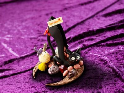 """ザ・プリンス パークタワー東京 魔法で猫がハイヒールに変身?!""""お家ハロウィーン""""におすすめのギフトチョコレート「High-heel Cat」を販売"""