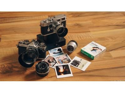 懐かしのフィルムカメラが、すぐ現像できるインスタントカメラに!よき時代の相棒を「Instant Magny 35」でふたたび