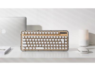 虜になるレトロクラシックなデザインと打感。欧米で人気のキーボード「AZIO」日本特製版が、ついに発売!