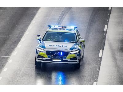 スウェーデン警察がポリスカーにボルボV90を初採用  厳しい車両テストで過去最高点を獲得