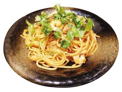 焼きスパゲティ専門店「ロメスパバルボア」スパゲティ・スペシャルメニュー『トムヤム スパゲティ』