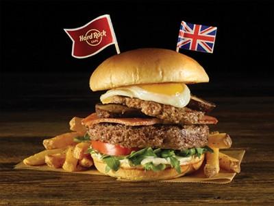 アメリカンレストラン「ハードロックカフェ」映画『ボヘミアン・ラプソディ』公開記念スペシャルメニュー『English Breakfast Burger』