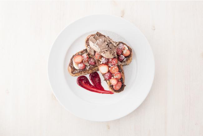 ニューヨークレストラン「サラべス」バレンタイン・スペシャルメニュー「バレンタインショコラフレンチトースト」