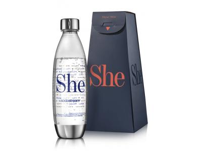 """ソーダストリーム、3月8日の国際女性デーを記念し、キャンペーン """"She""""をスタート ~「自分の人生に影響を与えた女性」に""""Sheボトル""""をプレゼント~"""