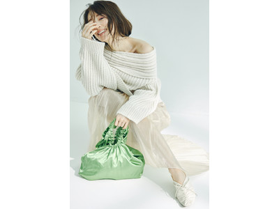 <SNIDEL(スナイデル)>モデル・女優の泉里香が着こなす、冬の新作コレクション