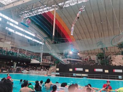 プールでサーカス!『わくわくハッピードリームサーカスinハワイアンズ』