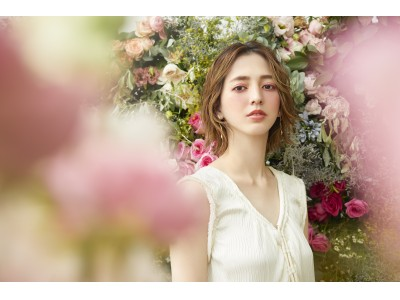 ミネラルとバラで咲く、満開の透明感。オンリーミネラル スプリングカラーメイクアップコレクション「MINERALS & ROSES」新発売