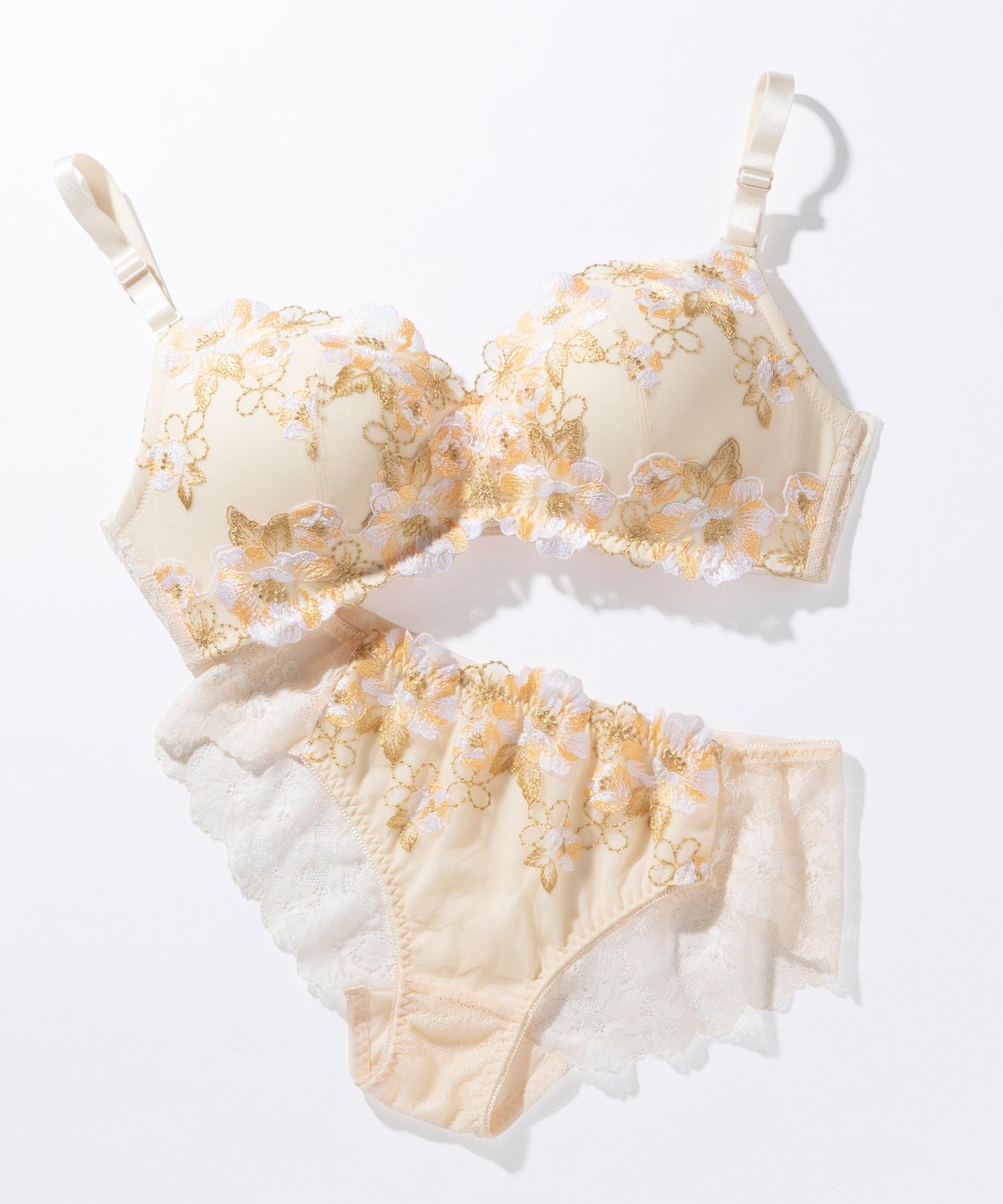 胸が大きな女性向けファッションブランド『HEART CLOSET』が胸が大きい女性のためのノンワイヤ... 画像