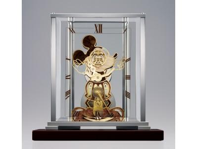 ミッキーマウスのスクリーンデビュー90周年を記念した機械式置時計を受注生産で発売