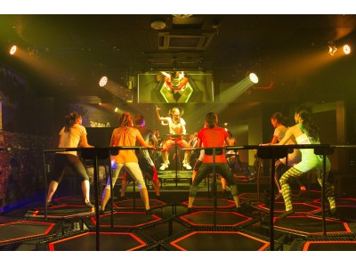 トランポリンを使用した、暗闇Jumping Fitness関西3店舗目!日本初の暗闇トランポリン専用スタジオ「jump one(ジャンプワン) Abeno」9/12 (木) NEW OPEN!!